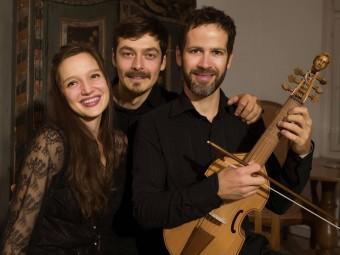 Royal Fantasies – Consort music for three viols