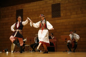 (2009)Polonezi costume